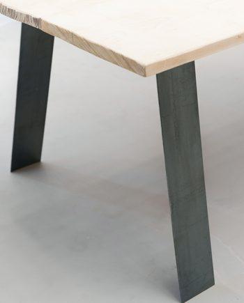 Pieds de table en metal style industriel