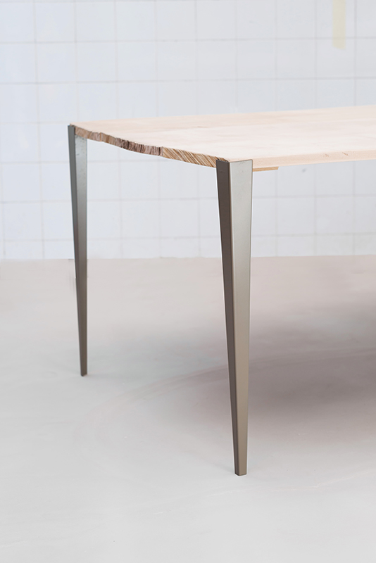 Tol x fabricant de pieds de table et plateau en bois design for Pietement de table design
