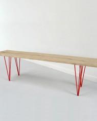 banc-bois-brut-massif-pieds-metal-rouge